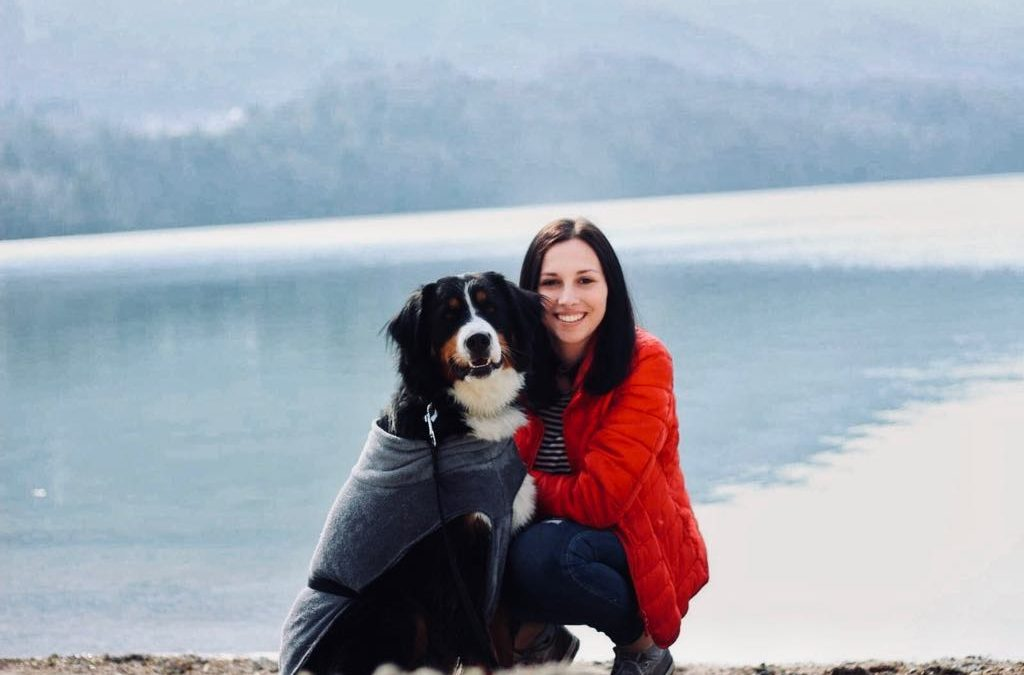 Angie und Bianca mit den Berner Sennenhunden Cleo und Daphne